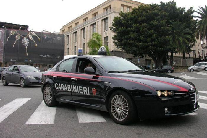 l43-auto-carabinieri-120324093418_big
